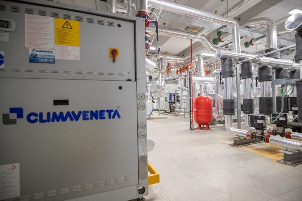 Climaveneta heat pump EW-HT-Y 0152 - 0612